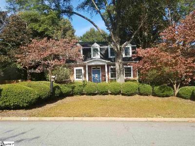 Greenville Single Family Home For Sale: 211 Burning Bush