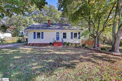 Greenville Single Family Home For Sale: 215 Carolina
