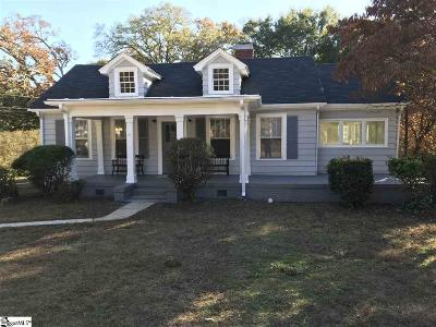 Laurens Single Family Home For Sale: 205 W Farley