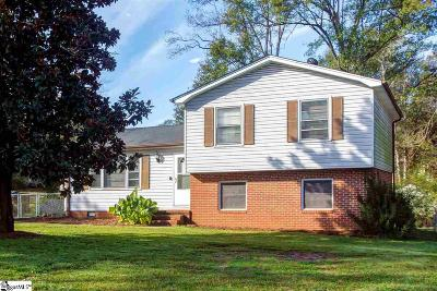 Simpsonville Single Family Home For Sale: 212 Corkwood