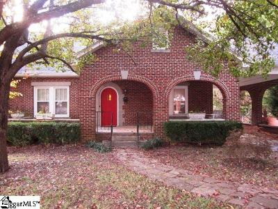 Clinton Single Family Home For Sale: 708 S Broad