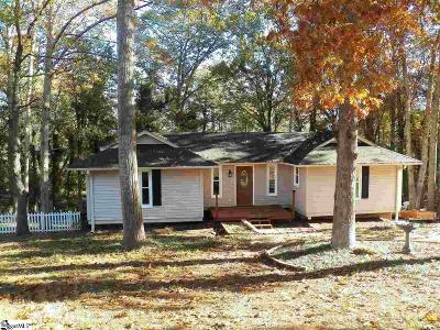 Simpsonville Single Family Home For Sale: 203 Westwood