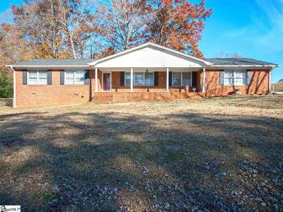 Easley Single Family Home For Sale: 110 Wedgewood