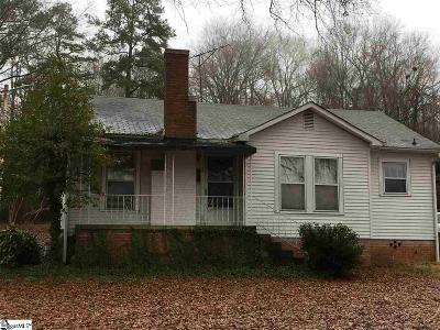 Laurens Single Family Home For Sale: 528 Church