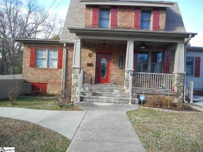 Clinton Single Family Home For Sale: 400 Hickory