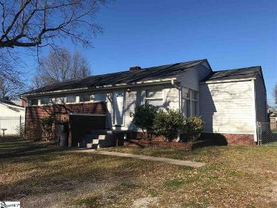 Greenville Single Family Home For Sale: 1 Farmington