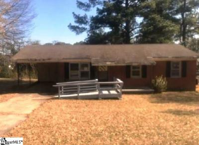 Single Family Home For Auction: 1622 Evans Pond