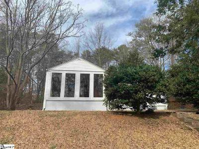 Greenville Single Family Home For Sale: 262 Rutledge Lake