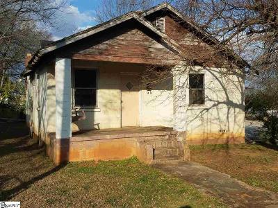 Greenville Single Family Home For Sale: 2 Julian