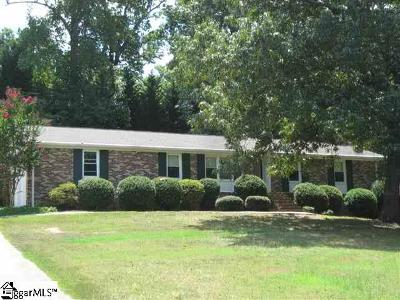 Easley Single Family Home For Sale: 331 Poinsettia