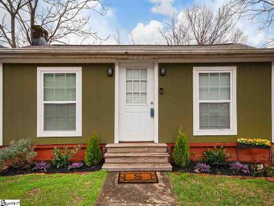 Greenville Single Family Home For Sale: 11 Briar