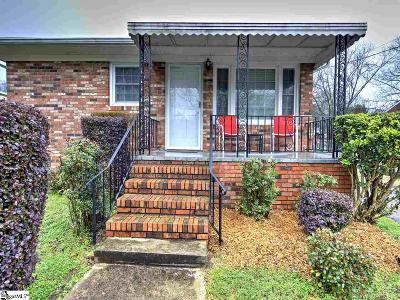 Easley Single Family Home For Sale: 203 Mark