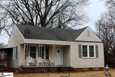 Boiling Springs Single Family Home For Sale: 207 Lister