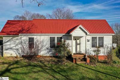 Easley Single Family Home For Sale: 415 W King