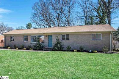 Taylors Single Family Home For Sale: 111 Avon