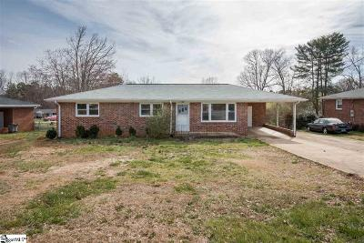 Greenville Single Family Home For Sale: 203 Eunice