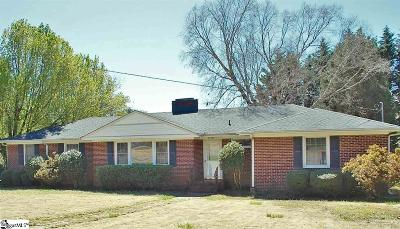 Greenville Single Family Home For Sale: 104 Edwards