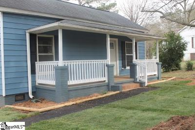 Easley Single Family Home For Sale: 302 Lucky