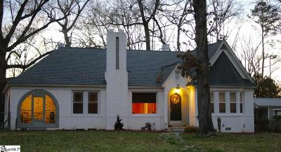 Clinton Single Family Home For Sale: 207 Young
