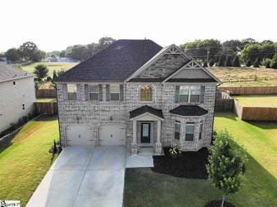 Kings Crossing Single Family Home For Sale: 320 Stoneleigh