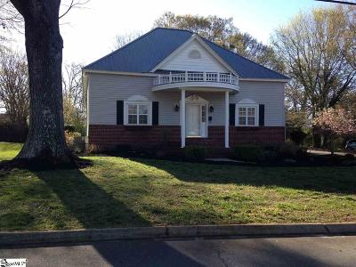 Easley Single Family Home For Sale: 402 E 2nd