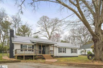 Easley Single Family Home For Sale: 205 Powell