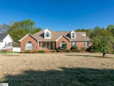 Boiling Springs Single Family Home For Sale: 145 Bay Hill