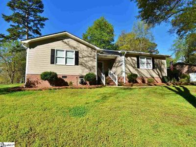 Greenville Single Family Home For Sale: 144 W Circle