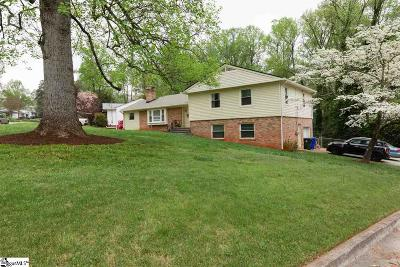 Greenville Single Family Home For Sale: 143 Dellwood