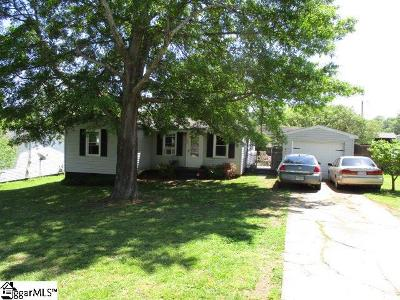 Easley Single Family Home For Sale: 104 Esther