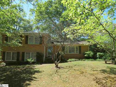 Greenville Single Family Home For Sale: 37 Pine Knoll