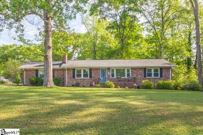 Greenville Single Family Home For Sale: 203 Roberta