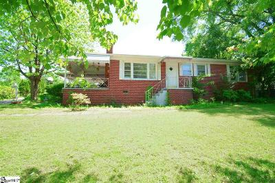 Greenville County Single Family Home For Sale: 120 Tanglewood
