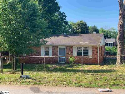 Greenville Single Family Home For Sale: 109 Blossom