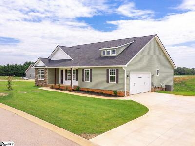 Greer Single Family Home For Sale: 158 Deyoung Meadows