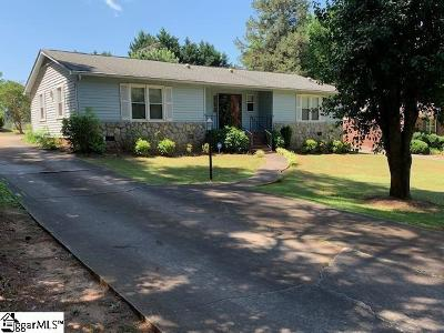 Easley Single Family Home For Sale: 213 Woodfield