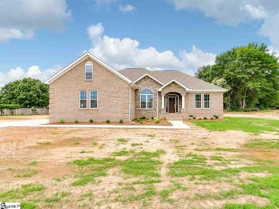 Boiling Springs Single Family Home For Sale: 4533 Parris Bridge