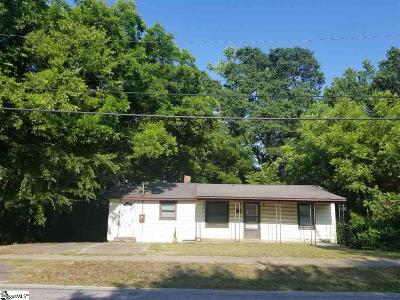 Clinton Single Family Home For Sale: 1211 S Bell