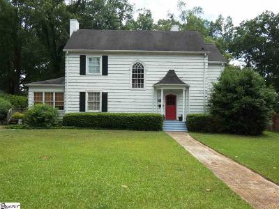 Clinton Single Family Home For Sale: 110 E Maple