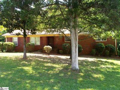 Single Family Home For Sale: 110 Stagecoach