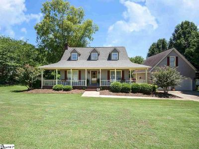 Easley Single Family Home For Sale: 105 Briggs