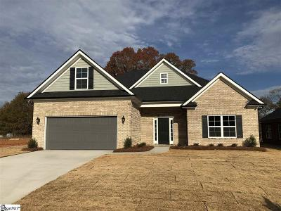 Easley Single Family Home For Sale: 110 Pleasant Hill