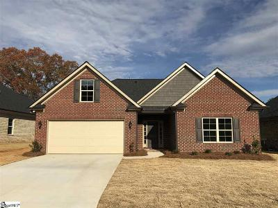 Easley Single Family Home For Sale: 106 Pleasant Hill