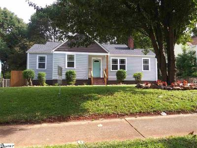 Pleasant Valley Single Family Home For Sale: 304 Potomac