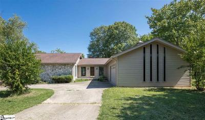 Taylors Single Family Home For Sale: 203 Walden