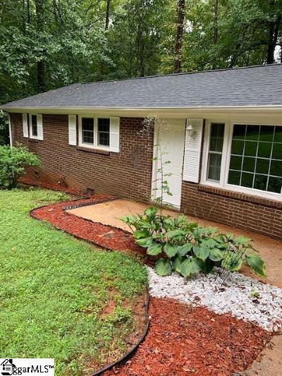 Piedmont Single Family Home For Sale: 207 Kenmore