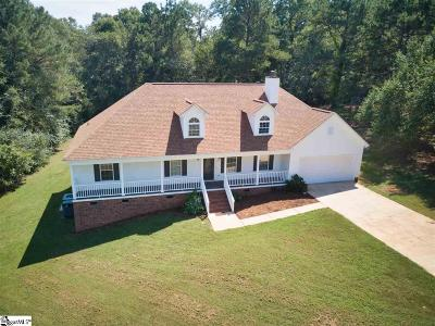Piedmont Single Family Home For Sale: 404 Woodfield