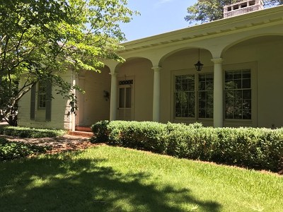 Greenwood Single Family Home For Sale: 614 Watford Ave.