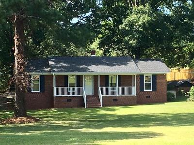 Greenwood Single Family Home For Sale: 1217 Woodlawn Rd