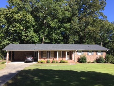 Greenwood County Single Family Home For Sale: 209 Yosemite Drive